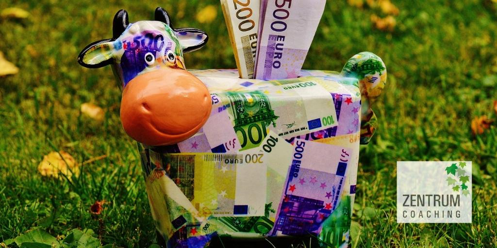 Revisa tus creencias sobre el dinero y avanza hacia tu libertad financiera